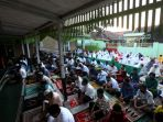 salat-idul-fitri-di-tengah-pandemi-covid-19-di-masjid-nashrulloh_20200525_093732.jpg