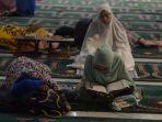 salat-qiyamul-lail-di-masjid-al-akbar-surabaya_20180606_134051.jpg