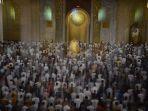 salat-tarawih-pertama-di-masjid-nasional-al-akbar_20190506_092224.jpg