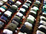 salat-tarawih-pertama-di-masjid-raya-bandung_20190506_001043.jpg