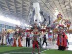 sambut-hari-pelanggan-nasional-bandara-soekarno-hatta-gelar-jember-fashion-carnaval_20180904_165705.jpg