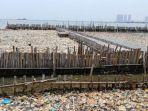 sampah-di-muara-angke_20180317_005330.jpg