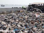 sampah-plastik-masih-menjadi-ancaman-laut_20190726_145307.jpg