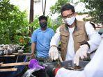 sandiaga-uno-dan-relawan-indonesia-bersatu-mengunjungi-kelompok-tani.jpg