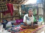 sarkawi-korban-tsunami-tinggal-di-bukit_1.jpg