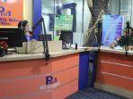 Melalui Siaran Radio RRI, Satgas Pamtas Yonif PR 328/DGH Himbau Masyarakat Jauhi Narkoba dan Miras
