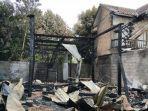 sebuah-rumah-di-beran-kidul-tridadi-sleman-terbakar.jpg