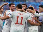 selebrasi-gol-para-pemain-spanyol-usai-mencetak-gol-pembuka-skor-ke-gawang-swiss.jpg