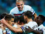 selebrasi-para-pemain-portugal-setelah-mengalahkan-azerbaijan.jpg