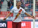 Manchester United vs AS Roma Liga Eropa: Edin Dzeko Kenang Gol Favorit ke Gawang Setan Merah