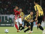 semifinal-piala-aff-u-16-ditekan-indonesia-pemain-malaysia-malah-adu-mulut-sendiri_20180809_201223.jpg