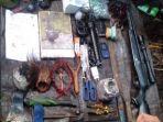 senjata-dan-perlengkapan-kkb-papua-yang-disita-oleh-satgas.jpg