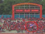seorang-pendukung-timnas-u-16-thailand_20180809_182431.jpg