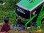 Rem Blong, Sopir Bus Rombongan Peziarah Berupaya Selamatkan Penumpang, Bus Terperosok ke Jurang