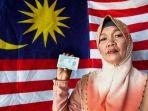 seorang-wanita-diberi-nama-malaysia-oleh-neneknya-karena-kesukaannya-pada-dunia-politik_20180815_174444.jpg