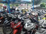 Puluhan Motor Sitaan Menumpuk Polres Tana Toraja