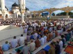 shalat-idul-adha-1441-h-di-masjid-raya-baiturrahman-banda-aceh_20200802_205201.jpg