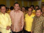 silaturahmi-nasional-partai-golkar_20151102_224657.jpg