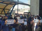 Simpatisan Rizieq Shihab Hadir dalam Jumlah Banyak, Polisi Ancam Gelar Test Swab Massal
