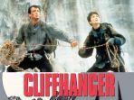 sinopsis-film-cliffhanger-1993-cover-film.jpg