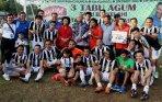 siwo-jaya-juara-turnamen-sepakbola-piala-agum-gumelar-2015_20150111_152327.jpg