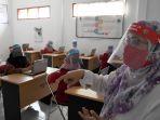 smk-pgri-13-surabaya-gelar-simulasi-belajar-mengajar-new-normal_20200617_191706.jpg