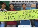 solidaritas-mahasiswa-peduli-beasiswa-binaan-umi.jpg