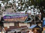 spanduk-no-tawuran_20150912_221549.jpg