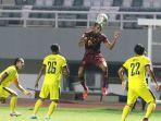 sriwija-fc-vs-muba-babel-united-di-laga-liga-2-indonesia_20211006_223927.jpg