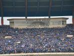 stadion-si-jalak-harupat-soreang-dipenuhi-bobotoh.jpg