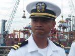 staf-armada-ketujuh-angkatan-laut-as-kapten-chunchun-meares.jpg