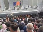 Viral Kerumunan di Stasiun Tanah Abang, Dipenuhi Pengguna KRL Musiman Belanja Keperluan Lebaran