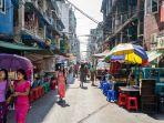 street-market-di-pusat-kota-yangoon_20170310_145848.jpg