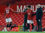 striker-17-tahun-milik-manchester-united-shola-shoretire-mendapat-penampilan-debut.jpg