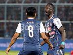 striker-arema-fc-makan-konate_20180917_123530.jpg