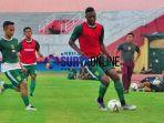 striker-asing-anyar-persebaya-amido-balde.jpg