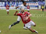 striker-bali-united-ilija-spasojevic_20180401_181452.jpg