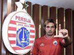 striker-baru-persija-silvio-escobar.jpg