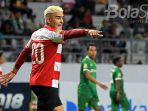 striker-madura-united-cristian-gonzales_20180418_015221.jpg