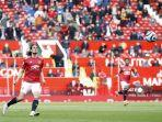 striker-manchester-united-asal-uruguay-edinson-cavani-2l-mencetak-gol-pembuka.jpg