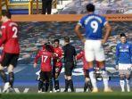 striker-manchester-united-marcus-rashford-selebrasi-dengan-bruno-fernandes.jpg