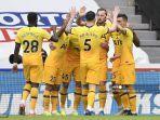 striker-tottenham-hotspur-inggris-harry-kane-merayakan-mencetak-gol-kedua-timnya.jpg