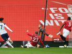 striker-tottenham-hotspur-son-heung-min-mencetak-gol-saat-bersua-manchester-united.jpg