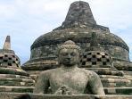 stupa-candi-borobudur_20160502_075449.jpg