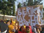 Hingga H-3 Lebaran THR Belum Cair, Ratusan Karyawan di Bandung Lakukan Unjuk Rasa
