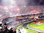 suasana-pertandingan-sepakbola-di-sao-paulo.jpg