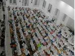 suasana-shalat-tharawih-pertama-di-masjid-at-taqarrub_20180524_164907.jpg