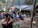suku-anak-dalam-di-kabupaten-tebo_20181018_143814.jpg