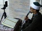 tadarus-daring-di-masjid-sunda-kelapa_20200428_195934.jpg
