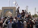 taliban-kembali-mengambil-kendali-pemerintahan-di-afghanistan_20210816_224225.jpg